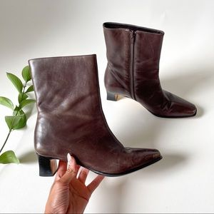 ETIENNE AIGNER CAMERA BROWN LEATHER BOOTS